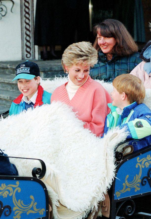 Prinssit William ja Harry olivat Dianalle kaikki kaikessa. Prinsessan muisto elää selvimmin hänen pojissaan.