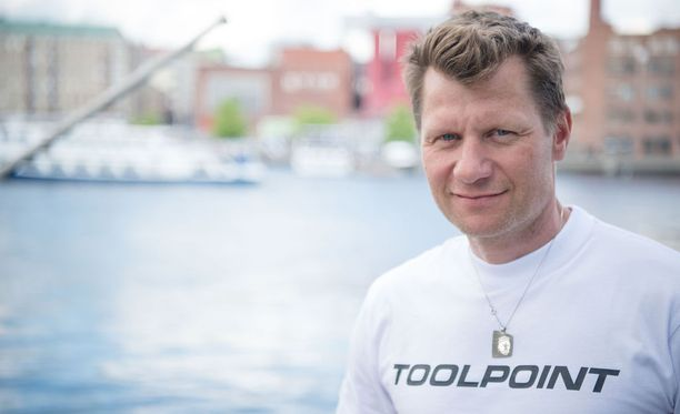 Toni Roponen toimii Iltalehden ja Eurosportin yleisurheiluasiantuntijana.