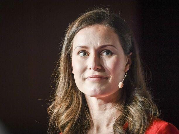 SDP:n varapuheenjohtaja Sanna Marin on saanut lokaa niskaan Iltalehden uutisoitua hänen äänestyskäyttäytymisestään liittyen hoitajamitoitukseen Tampereella.