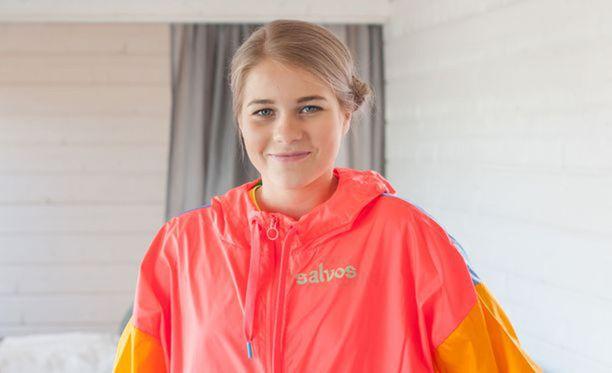 Alisa Vainio juoksee jälleen salonkikelpoisia aikoja.
