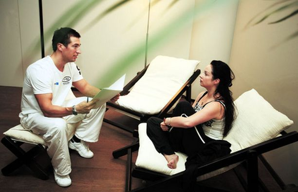 Personal trainerin kanssa toteutettava harjoitussuunnitelma onnistuu vain, jos yhteinen sävel aikatauluista, harjoituksista ja tavoitteista löytyy.