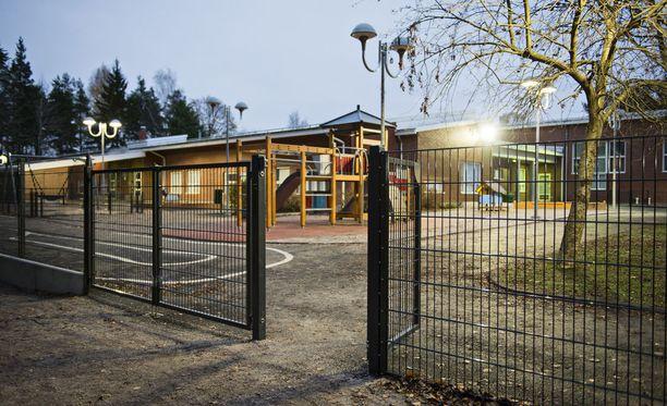 Helsingin, Espoon ja Vantaan kaupungit ovat sopineet, ettei lastentarhanopettajien palkoilla kilpailla.