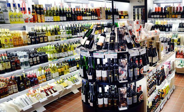 Viinin myynti ruokakaupoissa veisi Alkon usealta paikkakunnalta.