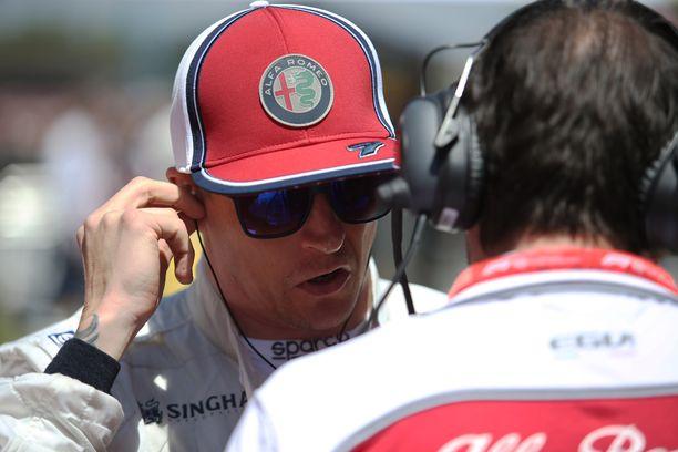 Kimi Räikkönen valitteli Monacossa downforcen eli aerodynaamisen pidon puutetta.