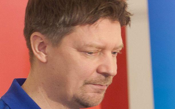Jukka Jalonen katui puheitaan.
