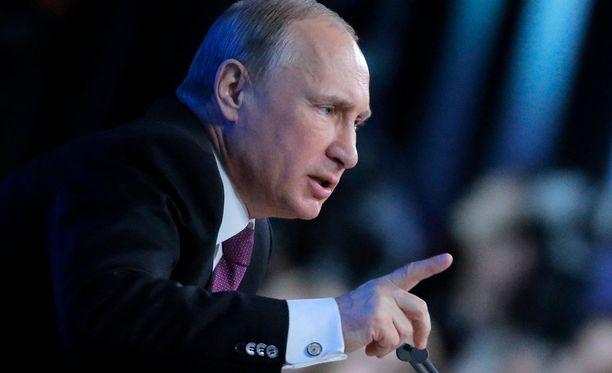 Vladimir Putin ilmaisi toivovansa, että suhteet Yhdysvaltoihin palautuvat normaaleiksi Donald Trumpin kaudella.