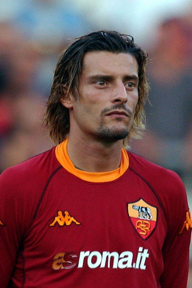 Luigi Sartor pelasi AS Roman paidassa urallaan 19 ottelua.