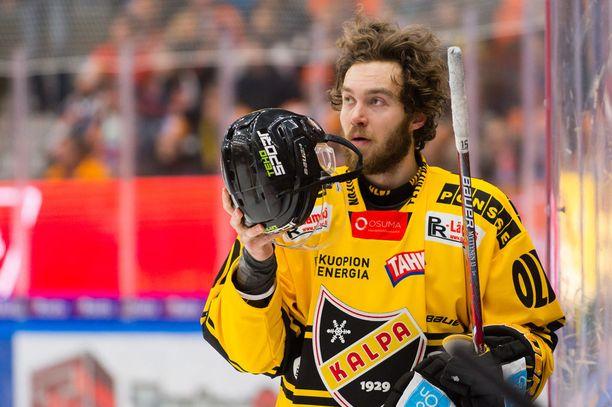 Matias Myttynen voitti viime kaudella KalPassa SM-hopeaa.