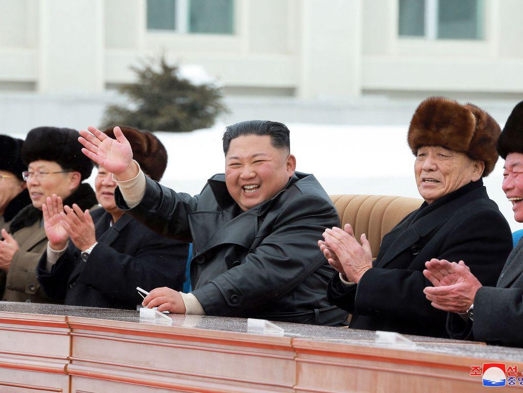 """Pohjois-Korea hehkuttaa uusinta koettaan """"erittäin tärkeänä"""""""