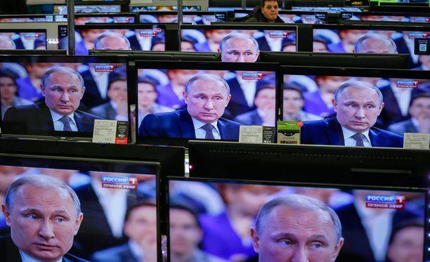 Venäjän presidentti Vladimir Putin piti torstaina pitkän kysymys-vastaus-keskustelutilaisuuden suorassa lähetyksessä.