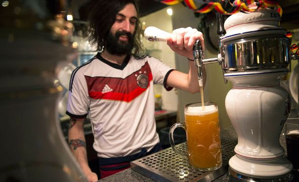 Saksalaisille maistui olut jalkapallon MM-kisojen aikana.