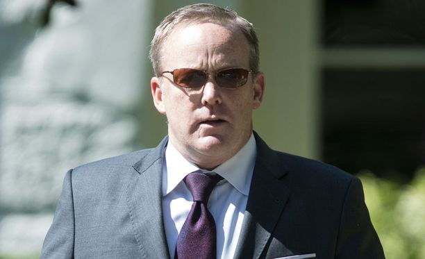 Viimeisten kuukausien ajan on huhuttu tiedottaja Sean Spicerin siirrosta.