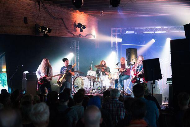 Aitoon Kirkastusjuhlia on vietetty Pälkäneellä jo yli vuosisadan. Nykyään festivaaleilla esiintyy kotimaisen musiikin ykkösnimiä. Arkistokuva vuodelta 2017.