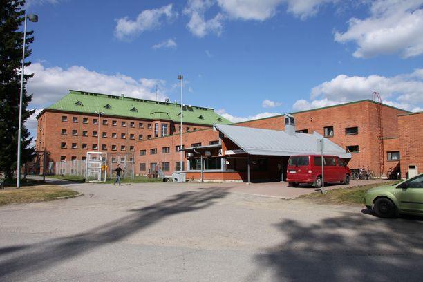 Konnunsuolla sijaitsevassa vastaanottokeskuksessa järjestetään järjestelykeskuksen perustamisharjoitus.