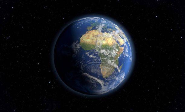 Maailman ylikulutuspäivä on tänään. Kuvassa satelliittikuvista koottu näkymä maapallolle heinäkuun viimeisenä päivänä.
