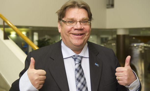 Olen tasapuolinen, oikeudenmukainen, luja ja lempeä, kehuu Soini itseään Iltalehden vaalikoneessa.