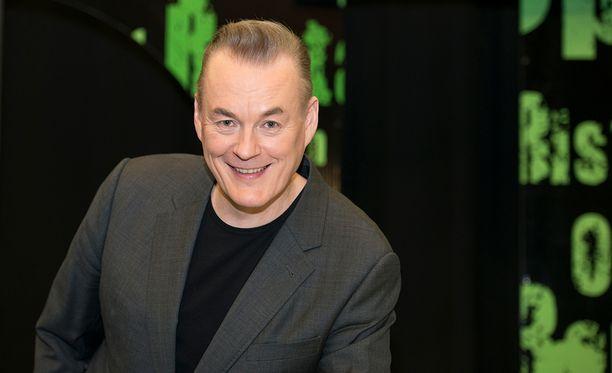 Arto Nyberg on saanut kahdesti Venla-palkinnon parhaana tv-esiintyjänä. Nyt mies jatkaa free-toimittajana 21 Yle-vuoden jälkeen.
