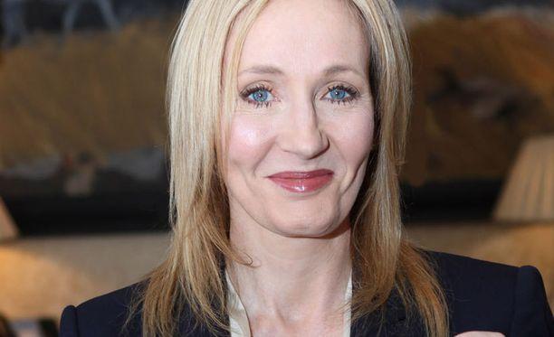 J. K. Rowling kirjoitti kirjan salanimellä.