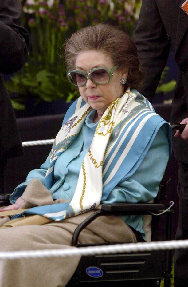 Kuningatar Elisabetin sisar prinsessa Margaret tunnettiin värikkäästä elämästään. Kuva vuodelta 2001.