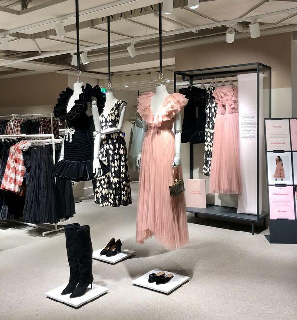 H&M tarjoaa iltapukuja ja juhlavaatteita vuokralle Tukholmassa.
