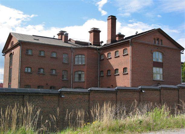 Hovioikeus määräsi nuoren jämsäläisen pidettäväksi edelleen vangittuna. Kuvassa Kuopion vankila.