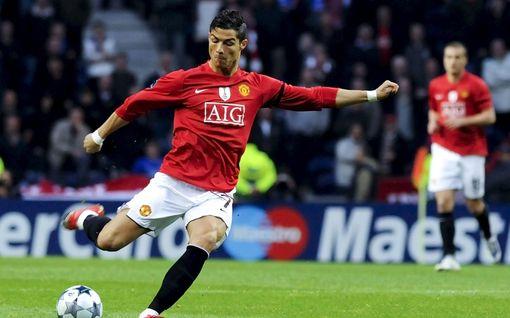 Cristiano Ronaldon siirrolle sinetti – Juventus paljasti huippukaupan siirtosumman