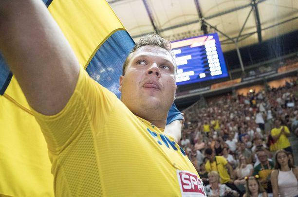 Kiekonheittäjä Daniel Ståhl on iskussa heti kauden alussa.