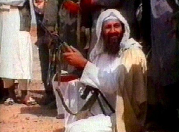 Osama jäljitettiin vuosien etsinnän jälkeen Pakistanin Abbottabadiin. Hänet surmattiin 2. päivänä toukokuuta vuonna 2011.