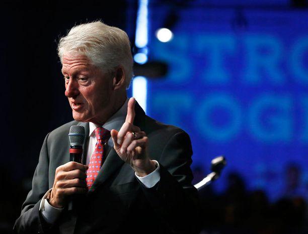 Bill Clinton on entinen presidentti ja ehkä tuleva ensimmäinen mies.