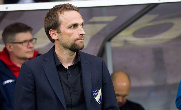 Jani Honkavaara ei ole enää HIFK:n päävalmentaja.