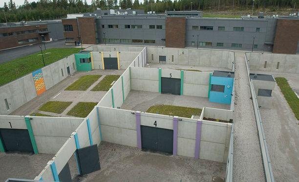 Taposta tuomitun porilaisnuorukaisen uusi kotiosoite on Turun uusi vankila. 18-vuotias kärsii rangaistustaan laskennallisesti vielä runsaat neljä vuotta.