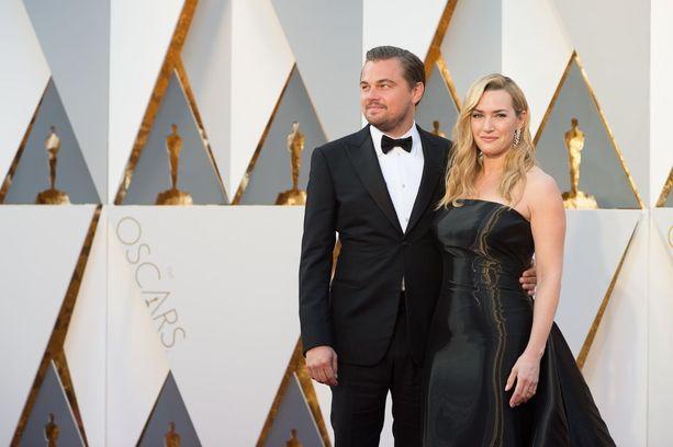 Kate Winslet ja Leonardo DiCaprio auttoivat keräämään varoja syöpähoitoihin.
