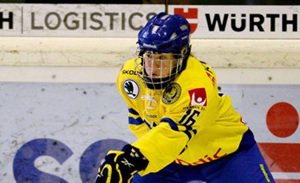Pernilla Winbergin ja muiden olympianaisten täytyy hoitaa mailat omaan piikkiin.