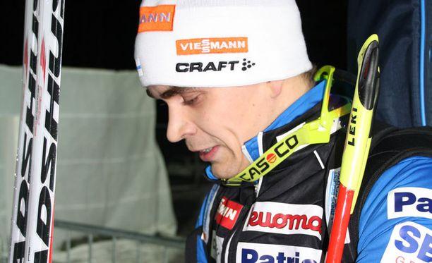 Ahti Toivanen pääsi maailmancupin pisteille Östersundissa.