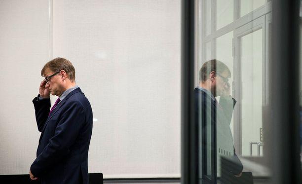 Pääministeri Juha Sipilä on yksi harvoja ministereitä, joka ei asetu ehdolle kevään kuntavaaleissa.