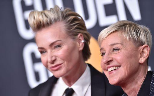 """Ellen DeGeneres tunnustaa: ajoi  vaimonsa sairaalaan päihtyneenä – """"Minun ei pitäisi puhua tästä"""""""
