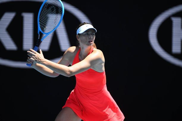 Maria Sharapova pelasi vielä Australian avoimissa.