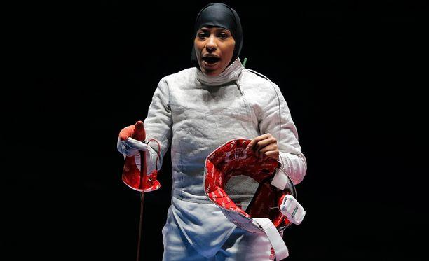 Ibtihaj Muhammad kuului USA:n pronssia voittaneeseen joukkueeseen Riossa. Henkilökohtaisessa kilpailussa Muhammad sijoittui 12:nneksi.
