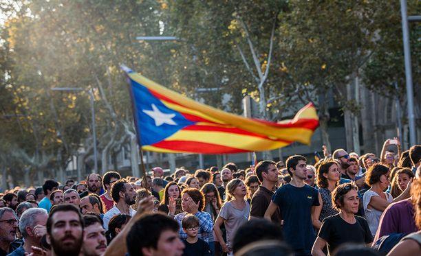 Katalonialaiset ovat osoittaneet meitlä itsenäisyyden puolesta.
