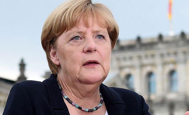 Saksan liittokansleri Angela Merkel toivoo Minskin sopimuksen ehtojen toteuttamista.