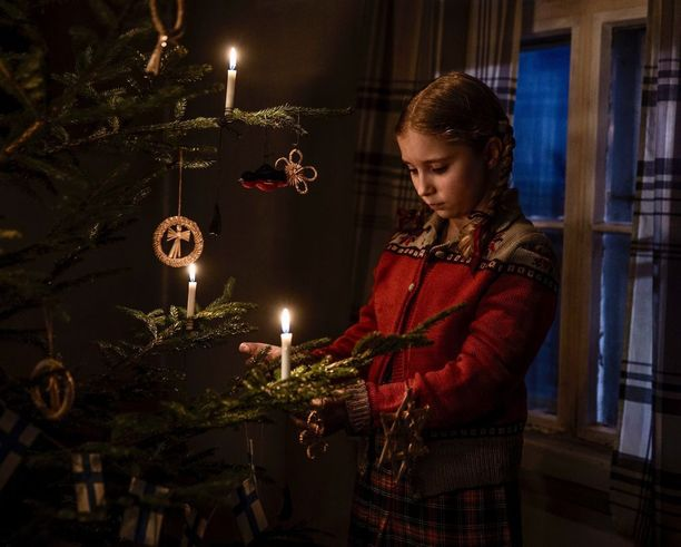Sodan aikaan joulut olivat Suomessa niukkoja ja usein surun sävyttämiä.