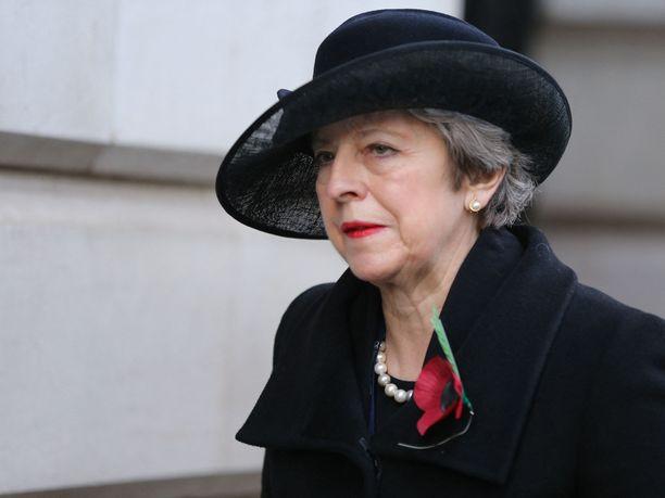 Britannian ex-pääministeri Theresa May katsoo Britannian aseman heikentyneen nykyisen pääministerin Boris Johnsonin tekojen vuoksi.