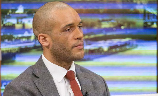 Clarke Carlislea haastateltiin Good Morning Britain -ohjelmassa rattijuopumuksen jälkeen vuonna 2015.