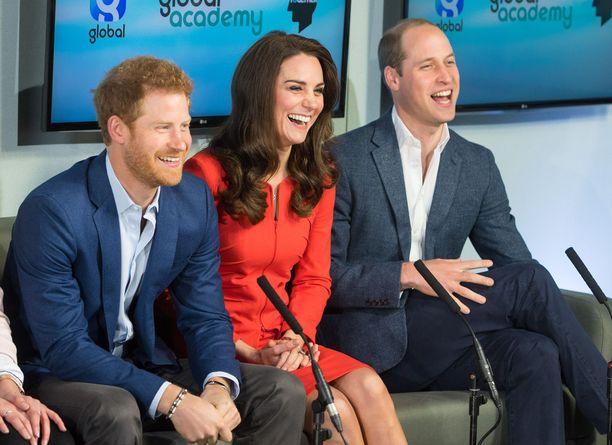 Herttuatar Catherinella on aina ollut mutkattomat välit miehensä veljeen, prinssi Harryyn.