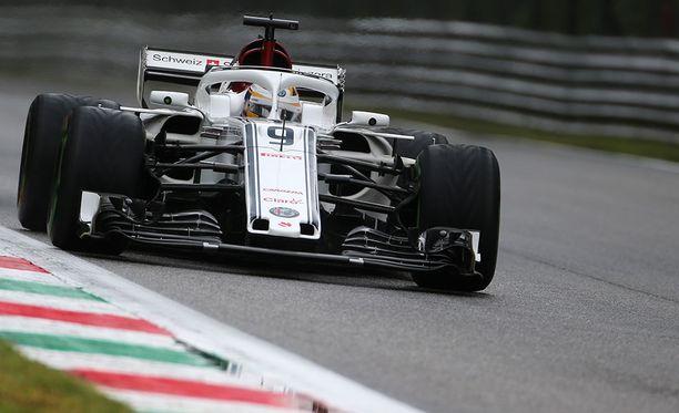 Marcus Ericsson pelästytti F1-maailman hurjalla ulosajollaan.