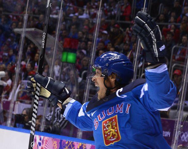 Teemu Selanne johti kapteenina Suomen olympiapronssille.