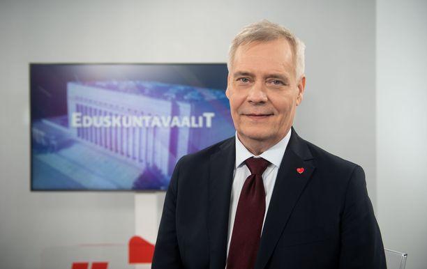 SDP:n puheenjohtaja Antti Rinne osallistui Iltalehden Riisuttuun puoluetenttiin perjantaina 12. huhtikuuta.