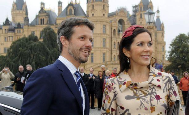 Kruununprinssi Frederik ja -prinsessa Mary.