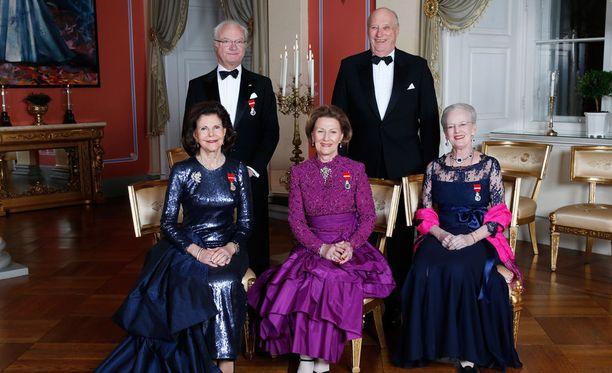Ruotsin, Norjan ja Tanskan kuninkaallisia isännöi tasavallan presidentti Sauli Niinistö puolisoineen.