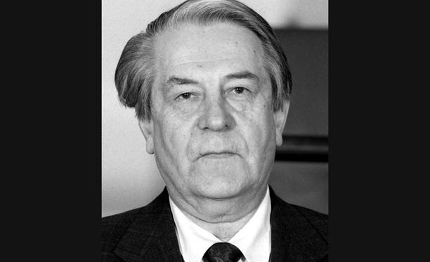 J. Juhani Kortesalmi toimi Suomen Maaseudun Puolueen kansanedustajana sekä puheenjohtajana lähes parinkymmenen vuoden ajan.